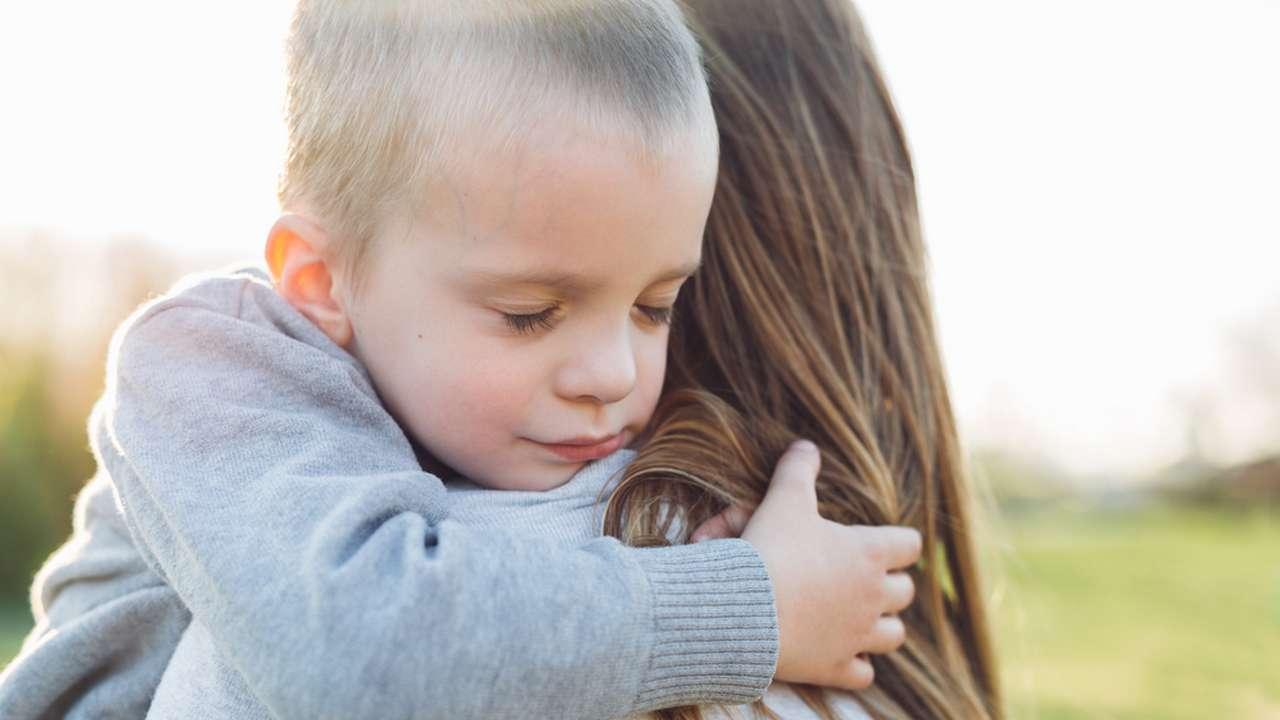 Ребёнок молчит с незнакомыми
