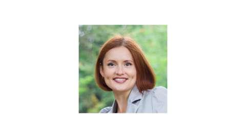 Анна Быкова, семейный и детских психолог, педагог, арт-терапевт, автор серии книг «Ленивая мама»