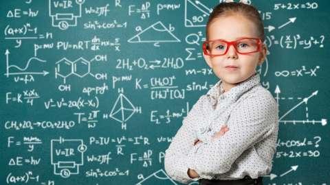 Гений внутри: 3 простых способа уберечь ребенка от шаблонного мышления