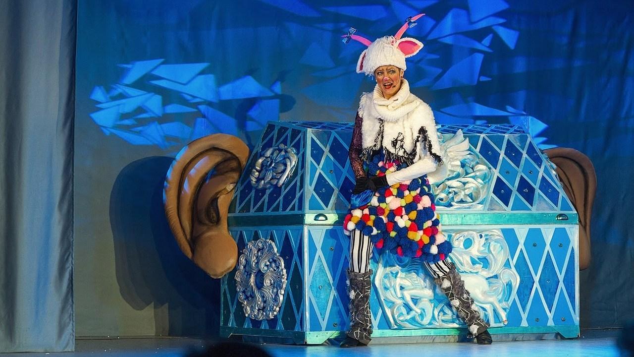 Новогоднее представление в театре «Кураж»