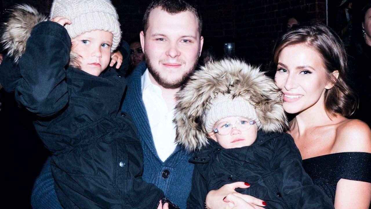 Сергей и Тата Бондарчук с дочками Маргаритой и Верой