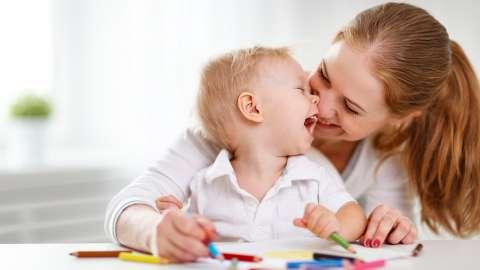 Как научить ребенка выговаривать сложные звуки без помощи логопеда
