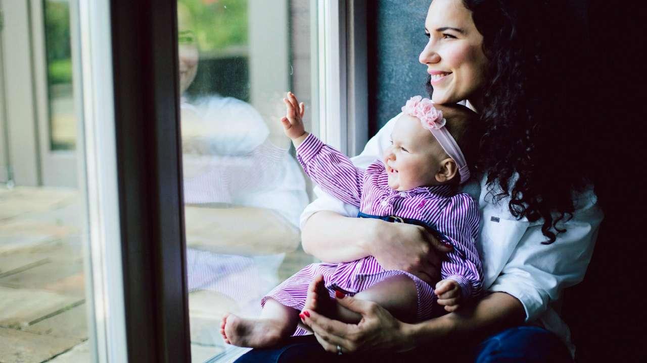 Амелия с мамой Ланой