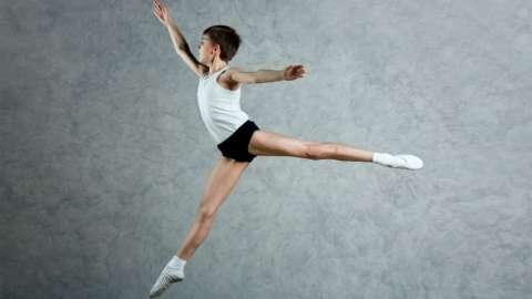Как танцы помогают мальчикам расти настоящими мужчинами
