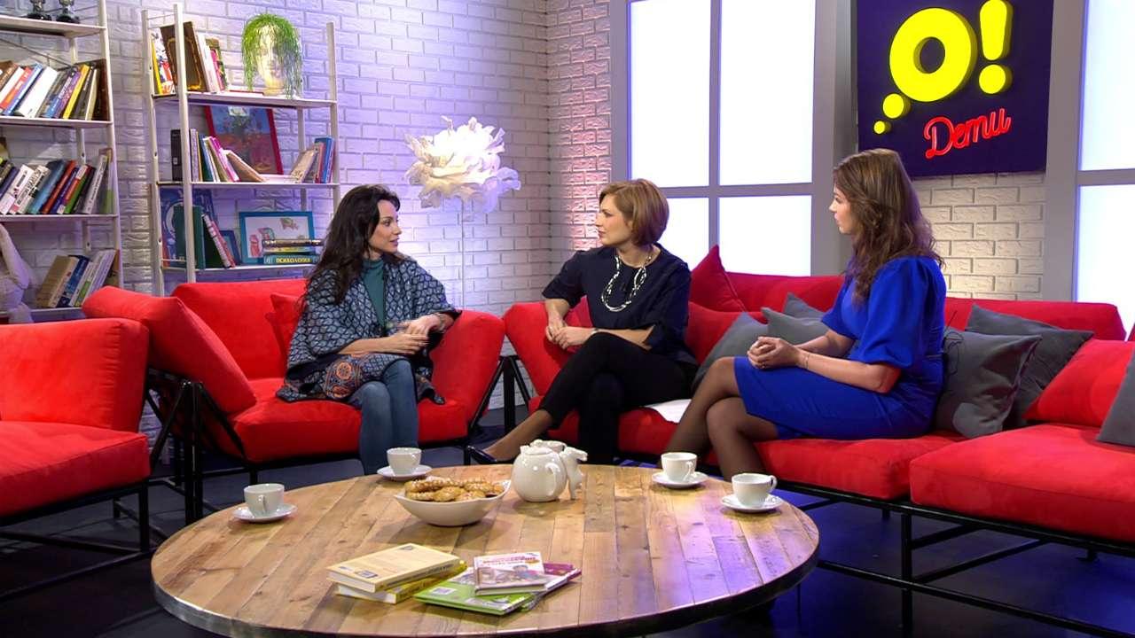 Актриса и певица Светлана Светикова, ведущая и главный редактор телеканала «О!» Анна Шнайдер и модель Полина Диброва