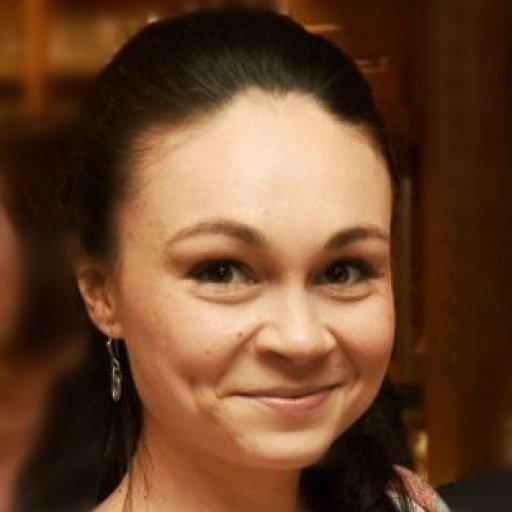 Ксения Майер, художница, педагог, мама двух дочек