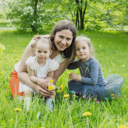 Наталья Игонина и ее дочери Вероника и Валерия