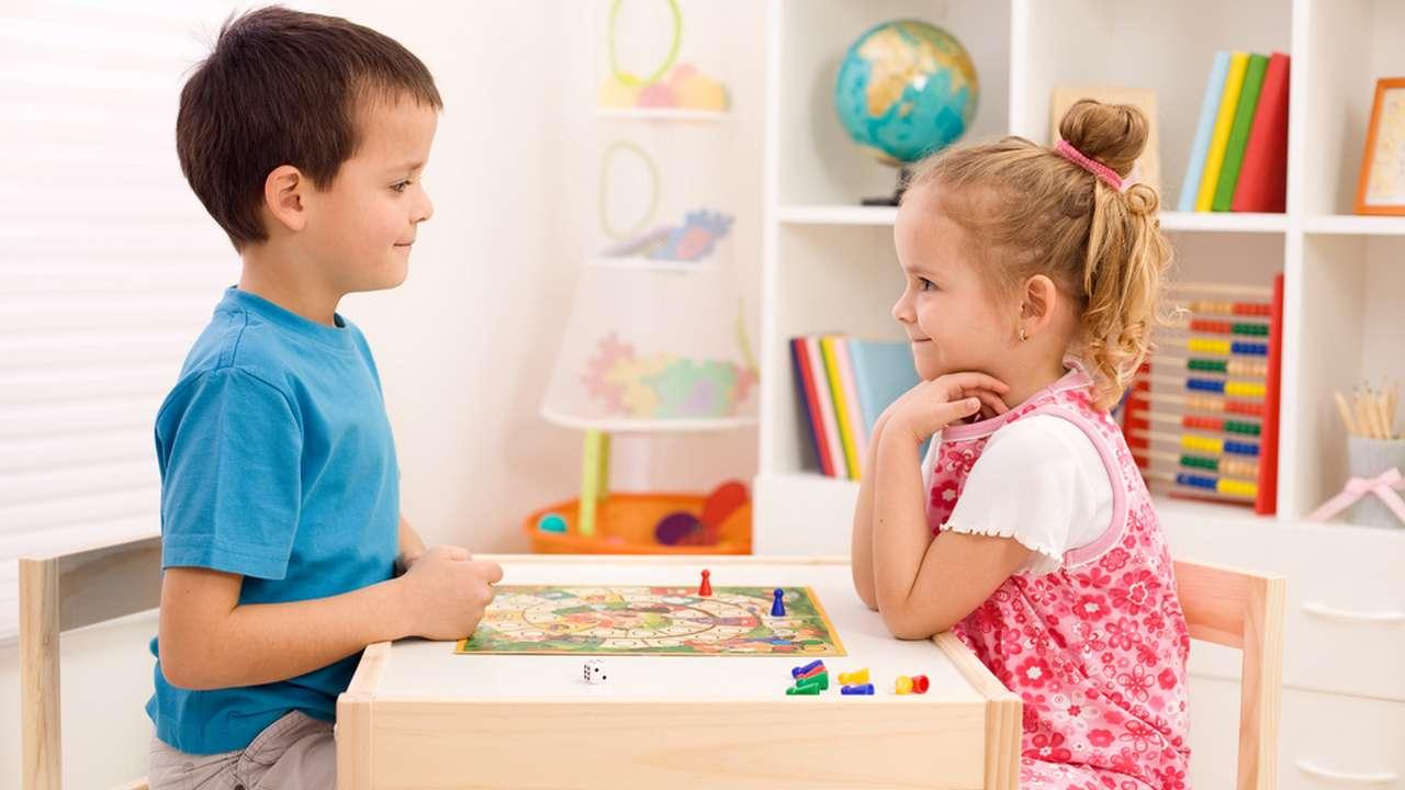 Картинки по запросу Как и во что любят играть дети?