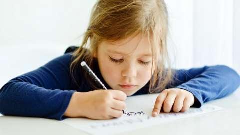 10 игр, которые помогут исправить почерк ребёнку