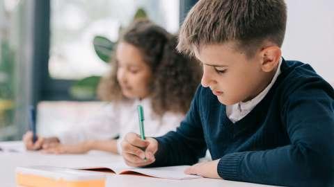 Почему в первом классе трудно?  4 причины для сложностей в адаптации