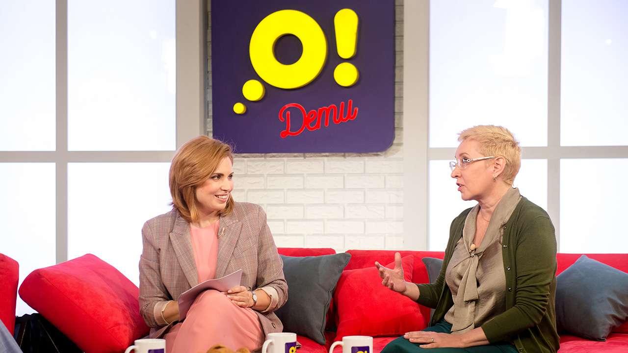 Главный редактор телеканала «О!» Анна Шнайдер и учитель Лариса Верещагина