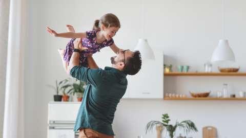 День девочек: как каждый папа может помочь своей дочери вырасти счастливым человеком