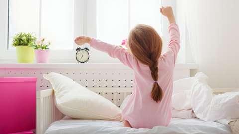 Сова или жаворонок: как определить, по каким биоритмам живет ваш ребёнок?