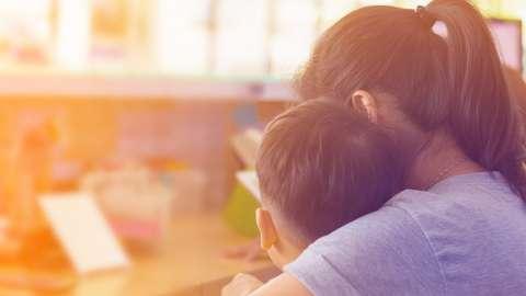 «Это не болезнь!»: история мамы ребёнка-дислексика, сменившей профессию ради сына