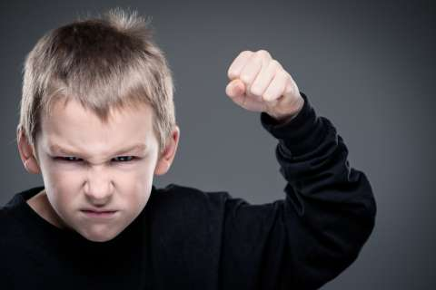 Почему мальчикам сложнее справляться с негативными эмоциями?