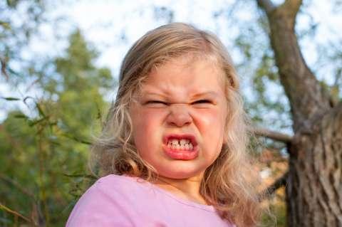 8 способов справиться с детской истерикой