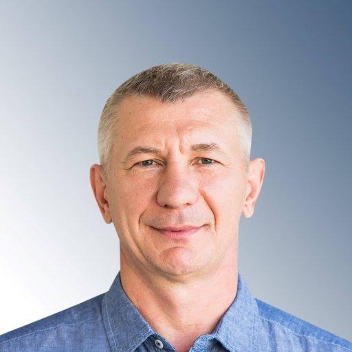 Владимир, папа пяти детей, застройщик