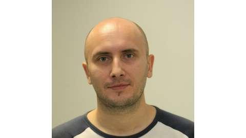 Олег, папа пяти детей, спортивный журналист