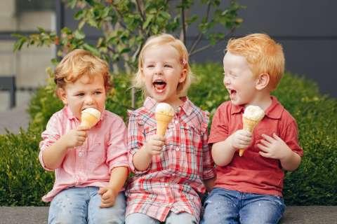 В компании сверстников речь ребенка развивается лучше