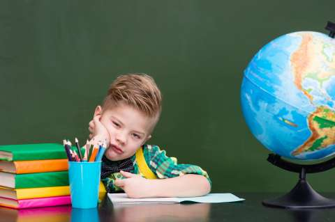 Трудно быть первоклассником: как помочь ребёнку быстрее освоиться в школе?
