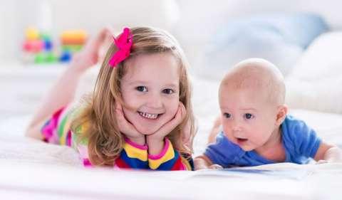 Как рассказать ребенку, что у него появится брат или сестра?