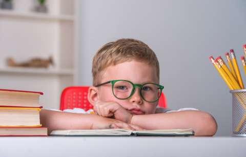 У моего ребенка дислексия. Он будет двоечником?