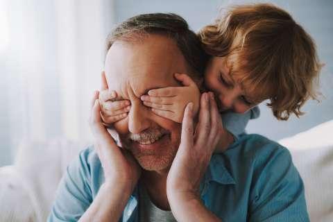 Старше родители - спокойнее дети!