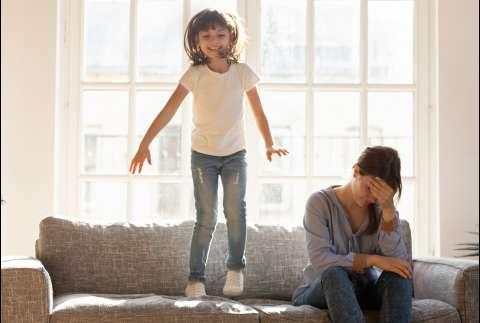 Правила поведения: может ли строгость травмировать ребёнка?