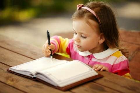 10 пальчиковых игр для подготовки руки к письму