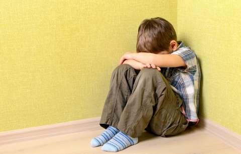 «Сиди в детской и думай над своим поведением!» Что не так с этим наказанием?