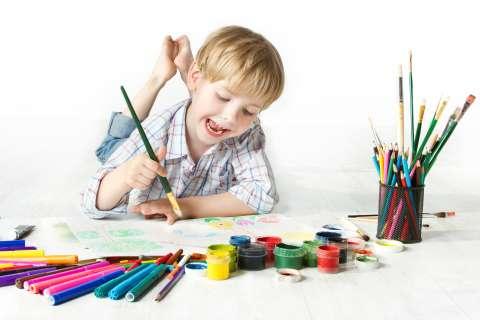 Как устроить арт-уголок в детской. Советы психолога