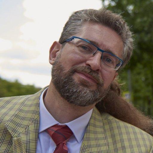 Вениамин Шехтман, педагог-методист, автор учебных пособий