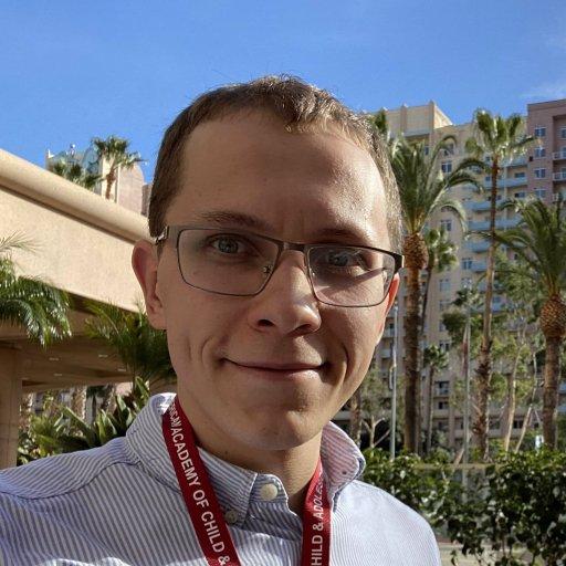 Артём Новиков, психиатр РБОО «Центр лечебной педагогики» и Mental Health Center, учредитель Ассоциации психиатров и психологов